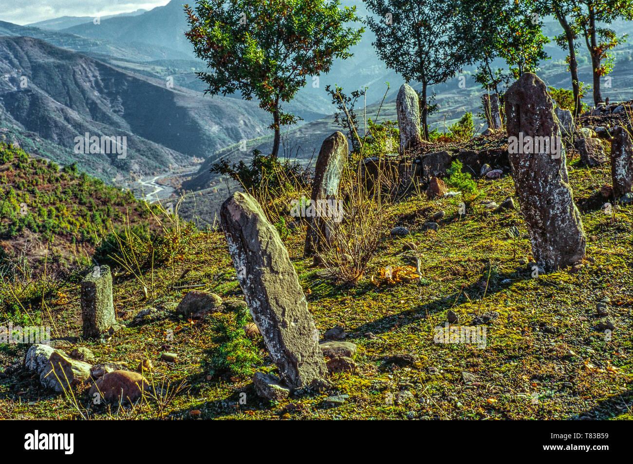 Cimitero musulmano in Albania Immagini Stock