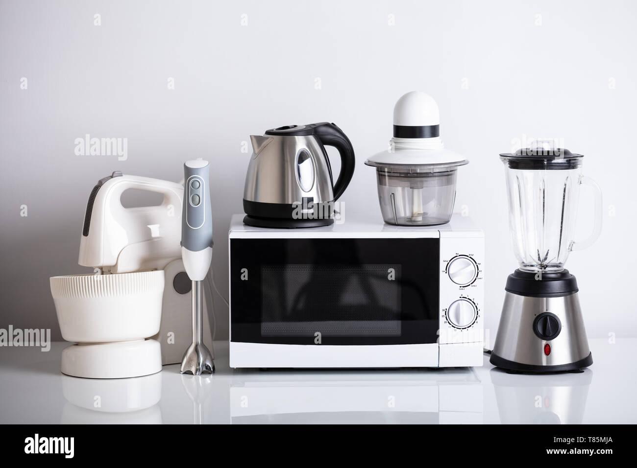 Ampia gamma di elettrodomestici per la cucina con forno su ...