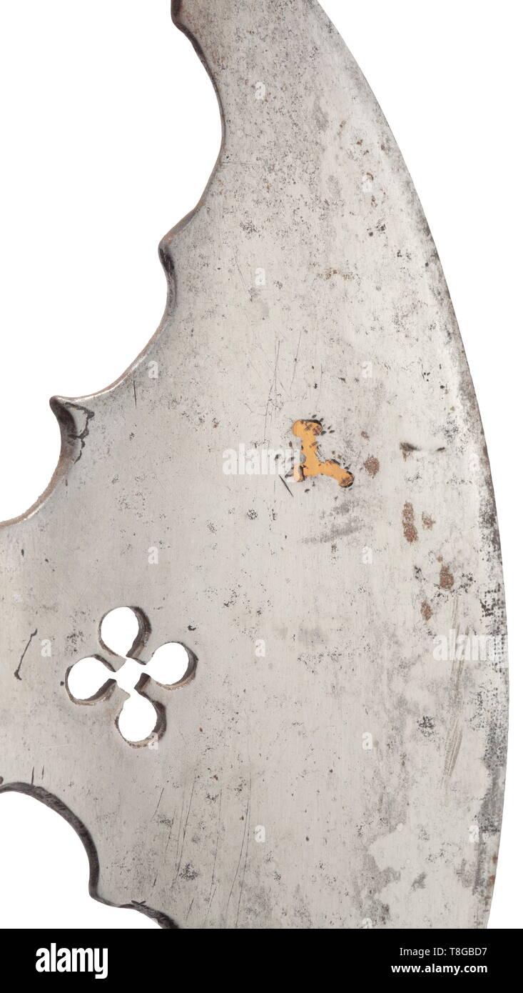 0353295c14 Una rara polax veneziano per il piede torneo (ascia da fante), primo quarto