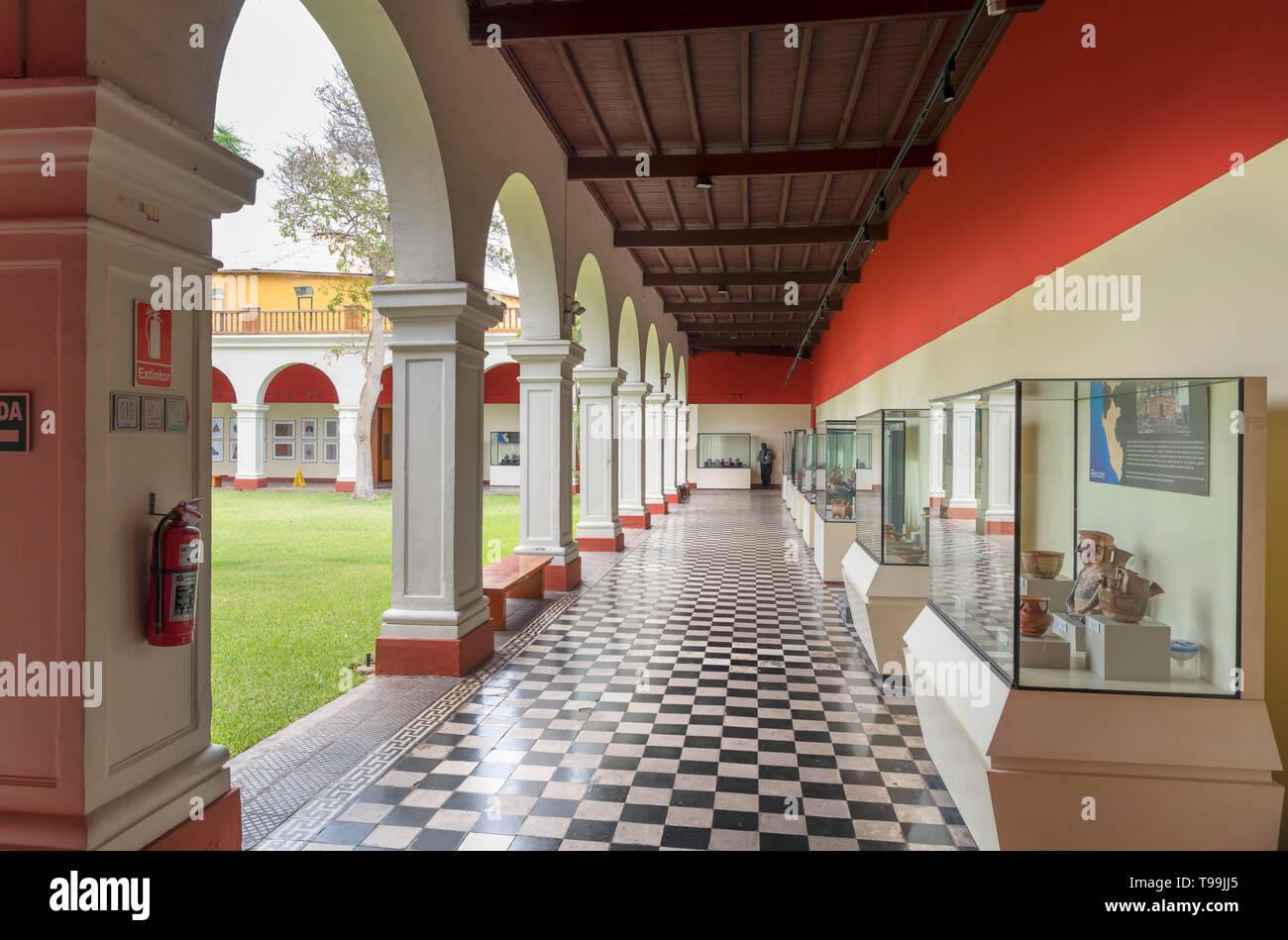 Museo Nazionale di Archeologia e Antropologia e Storia del Perù, Pueblo Libre, Lima, Peru Immagini Stock