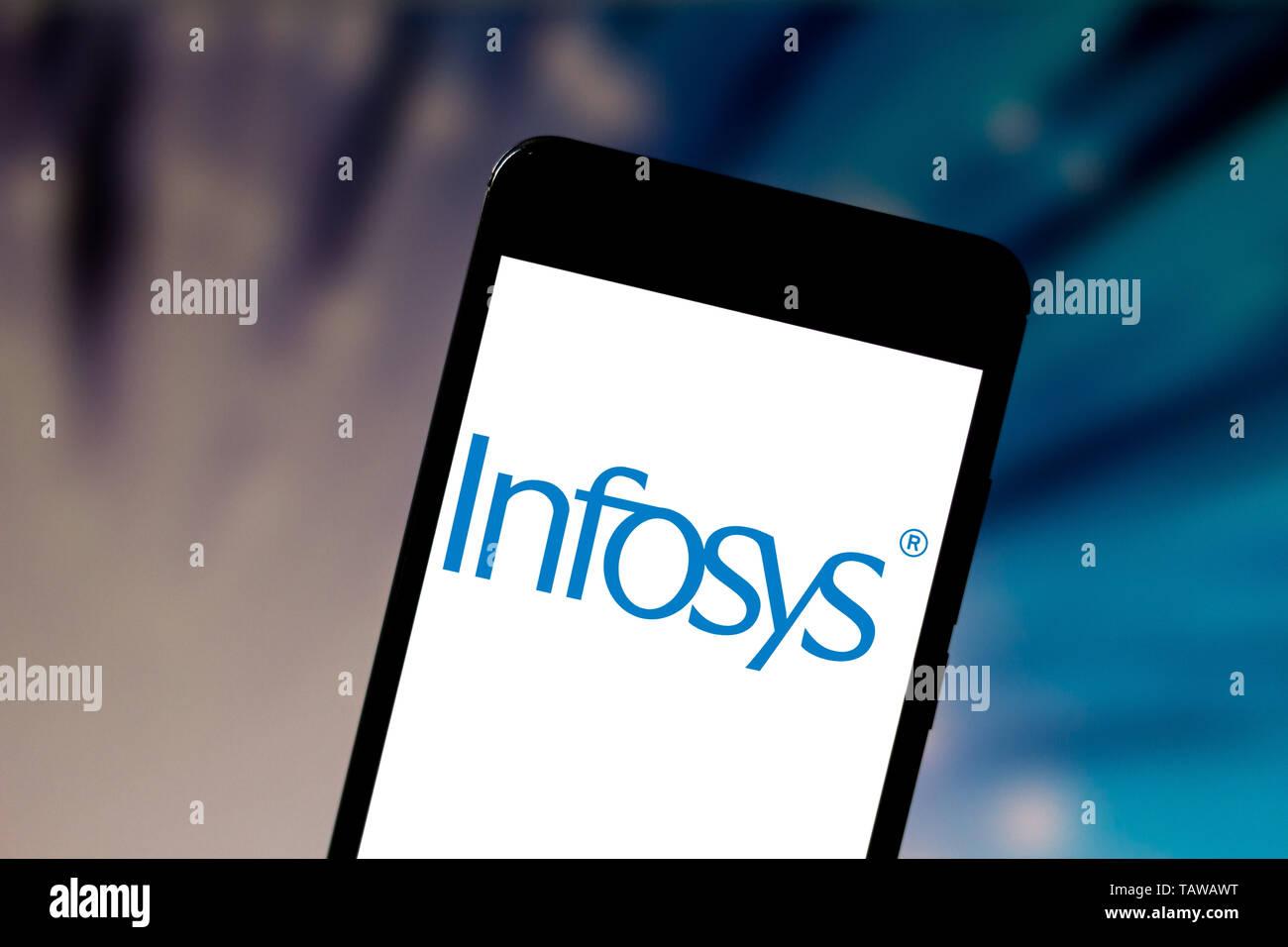 Il Brasile. 28 Maggio, 2019. In questa foto illustrazione la Infosys logo limitata è visto visualizzata su uno smartphone. Credito: Rafael Henrique SOPA/images/ZUMA filo/Alamy Live News Immagini Stock