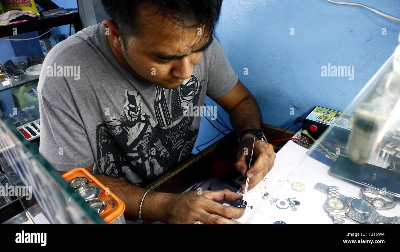 Hook up orologio in vendita Filippine
