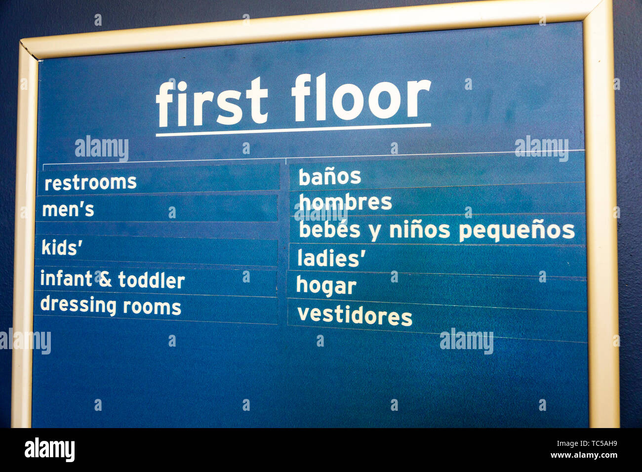 Miami Florida inglese spagnolo bilingue Lingua segno directory negozio bagni spogliatoi Immagini Stock
