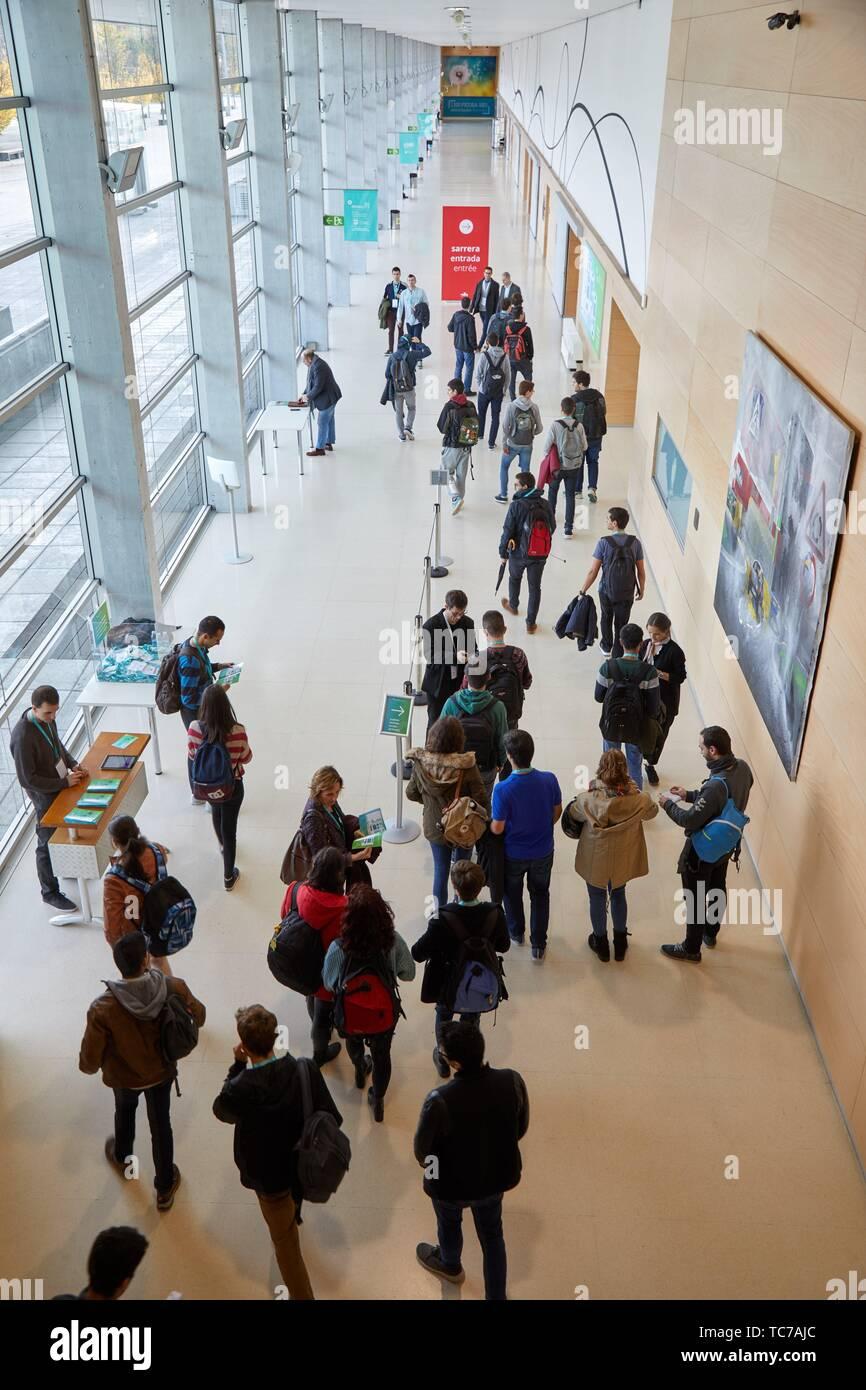 Feria andare fiera di mobilità, basco di mobilità sostenibile e di immagazzinamento di energia del settore, Ficoba, Irun, Gipuzkoa, Paesi Baschi Immagini Stock