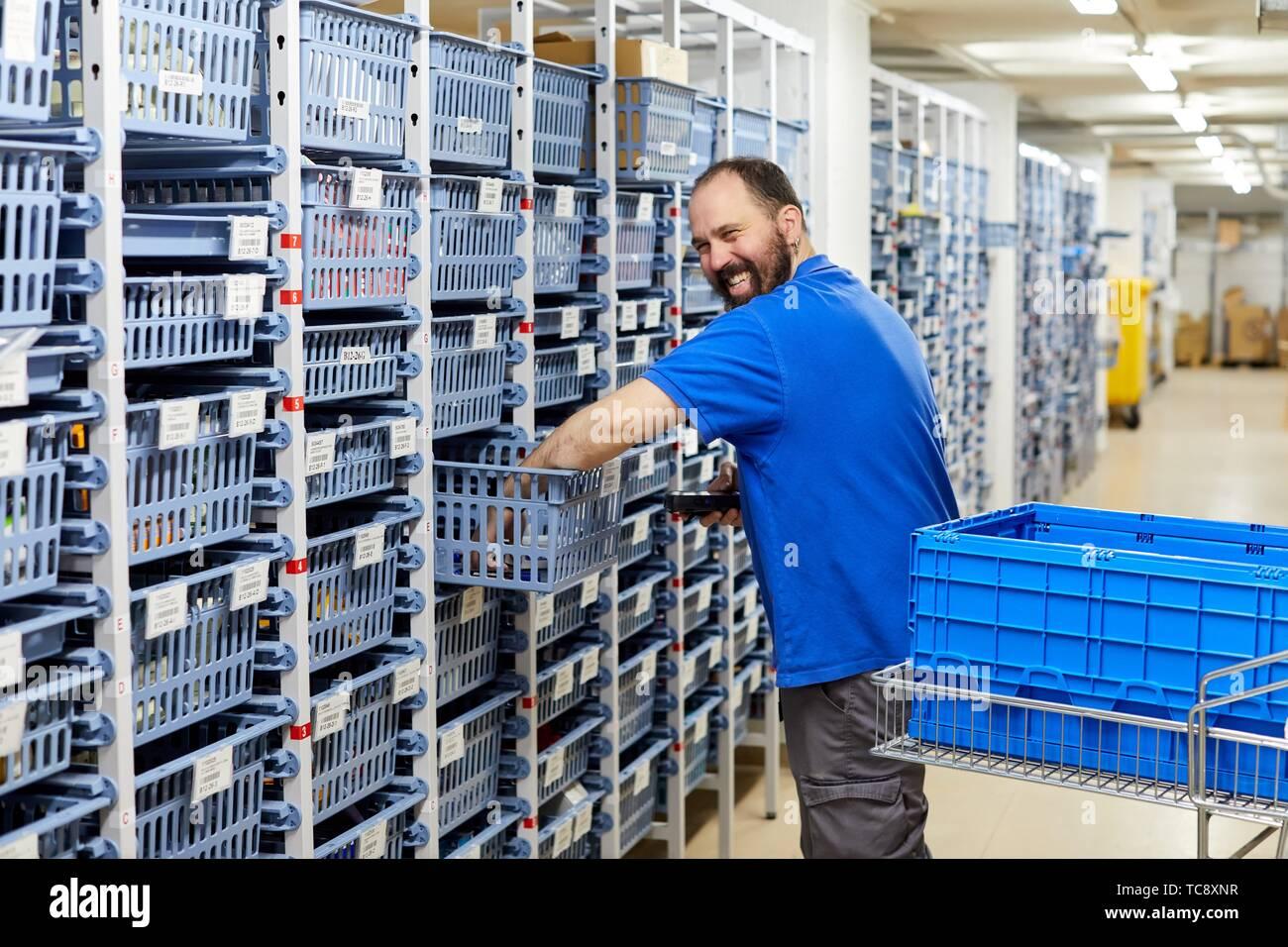 Codice a barre reader, magazzino, Storage, Ospedale Donostia, San Sebastian, Gipuzkoa, Paesi Baschi Immagini Stock