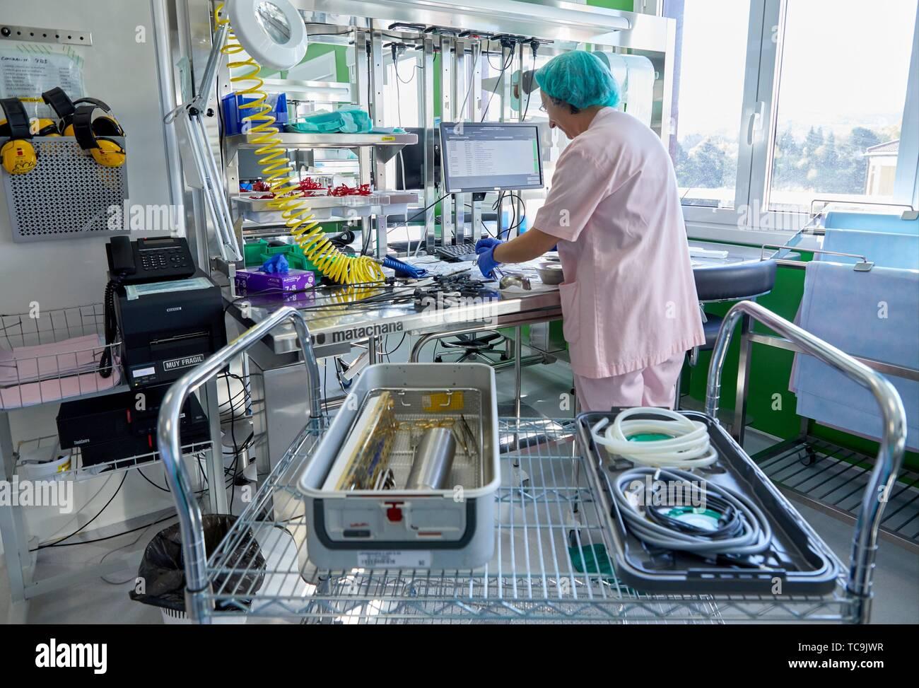 Materiale chirurgico, sterilizzazione, pulizia autoclave, Ospedale Donostia, San Sebastian, Gipuzkoa, Paesi Baschi Immagini Stock