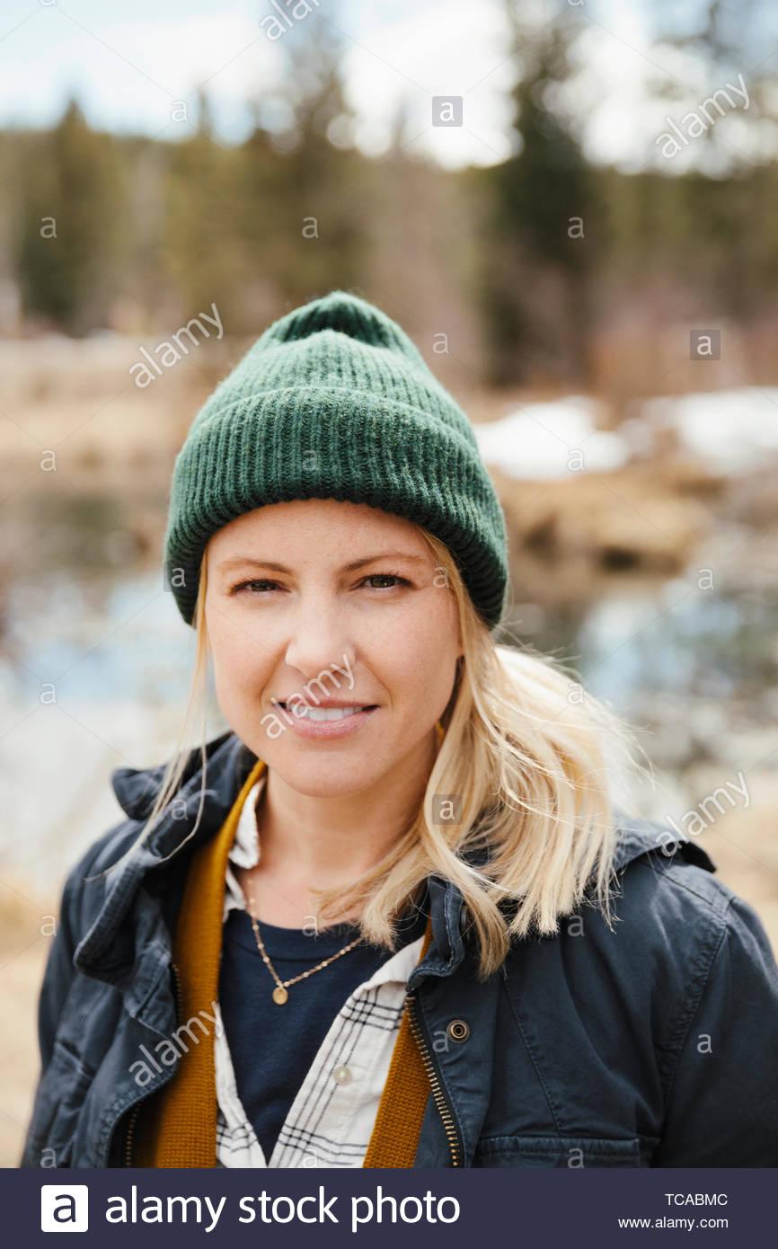 Ritratto di donna fiducioso escursionismo Immagini Stock
