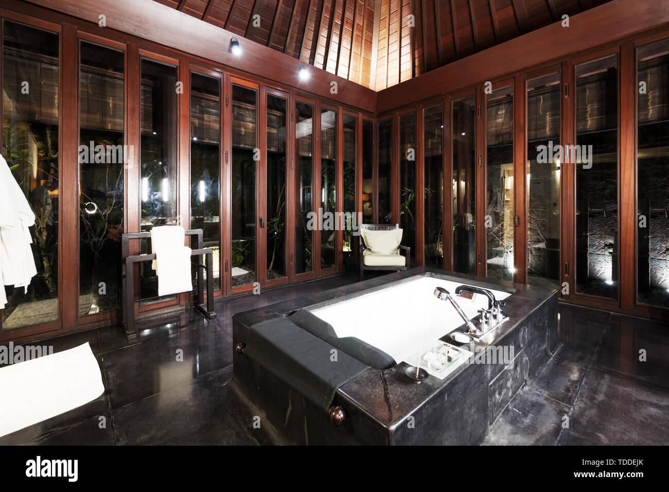 Bagni Di Lusso Moderni la decorazione e il design di lusso moderno bagno foto