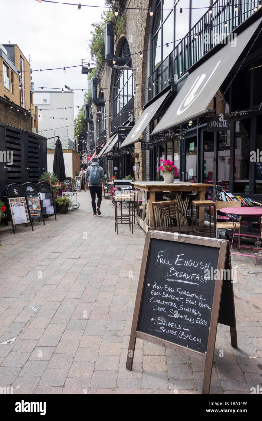 Vecchia Unione archi cantiere buongustai-mozzo vicino a Bankside, London, SE1, Regno Unito Immagini Stock
