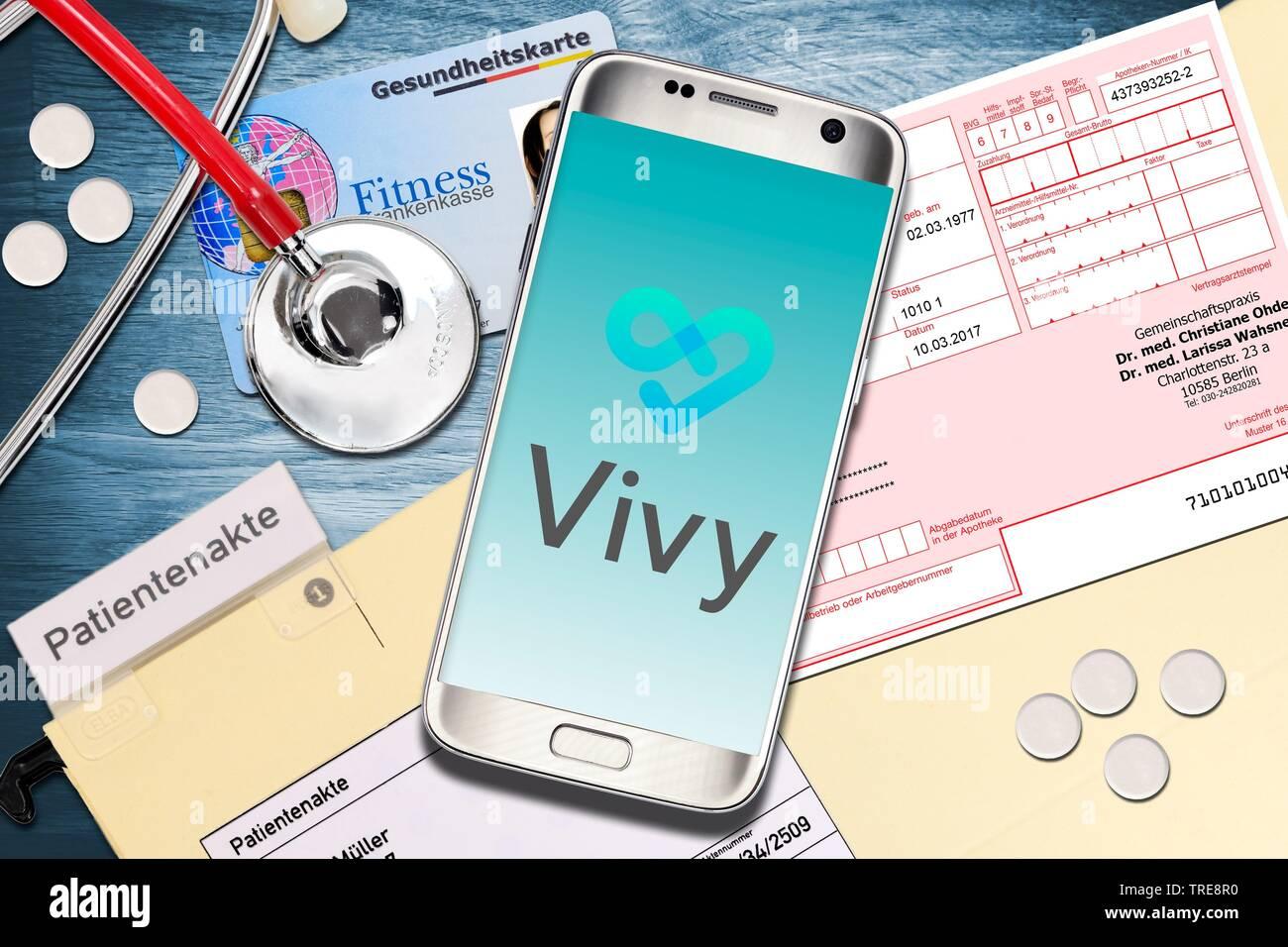 Vivy App auf dem Smartphone, Digitale Patientenakte, Deutschland | Vivy App, digital patient chart, Germania | BLWS520171.jpg [ (c) blickwinkel/McPHOTO Immagini Stock