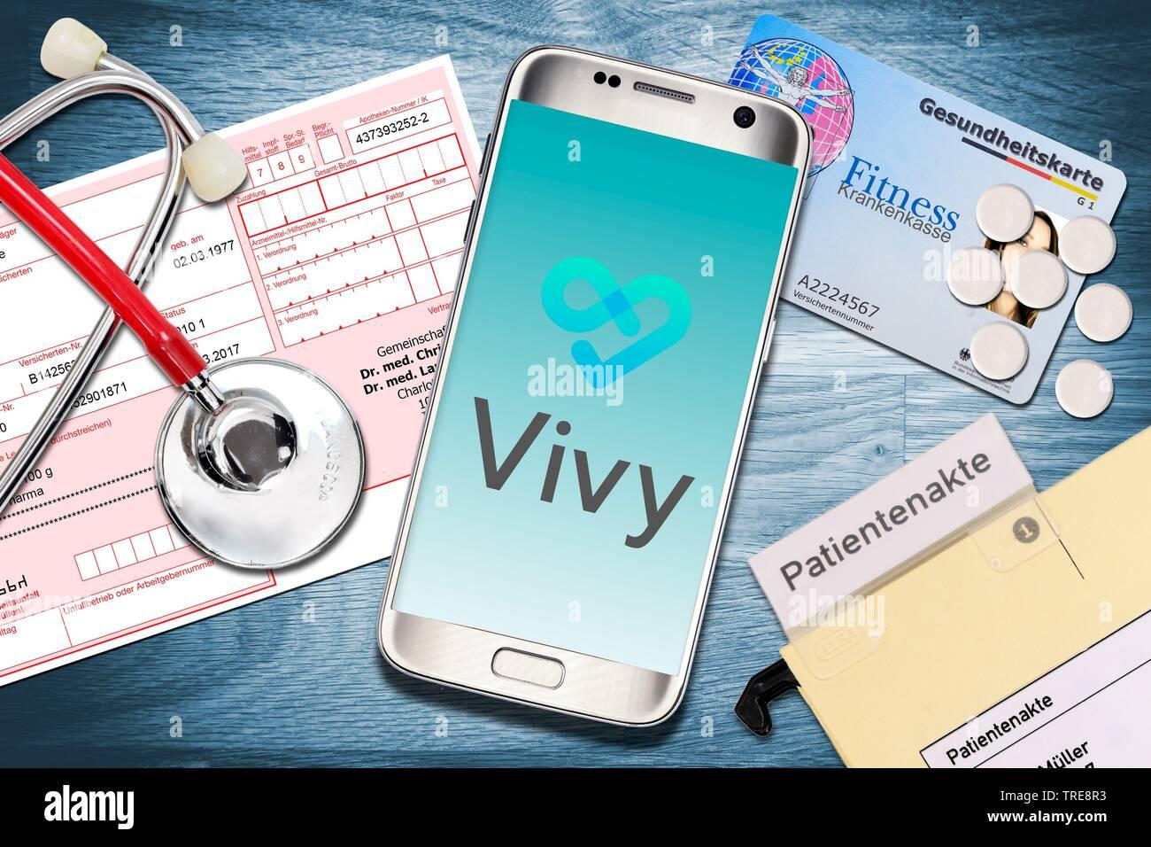 Vivy App auf dem Smartphone, Digitale Patientenakte, Deutschland | Vivy App, digital patient chart, Germania | BLWS520170.jpg [ (c) blickwinkel/McPHOTO Immagini Stock