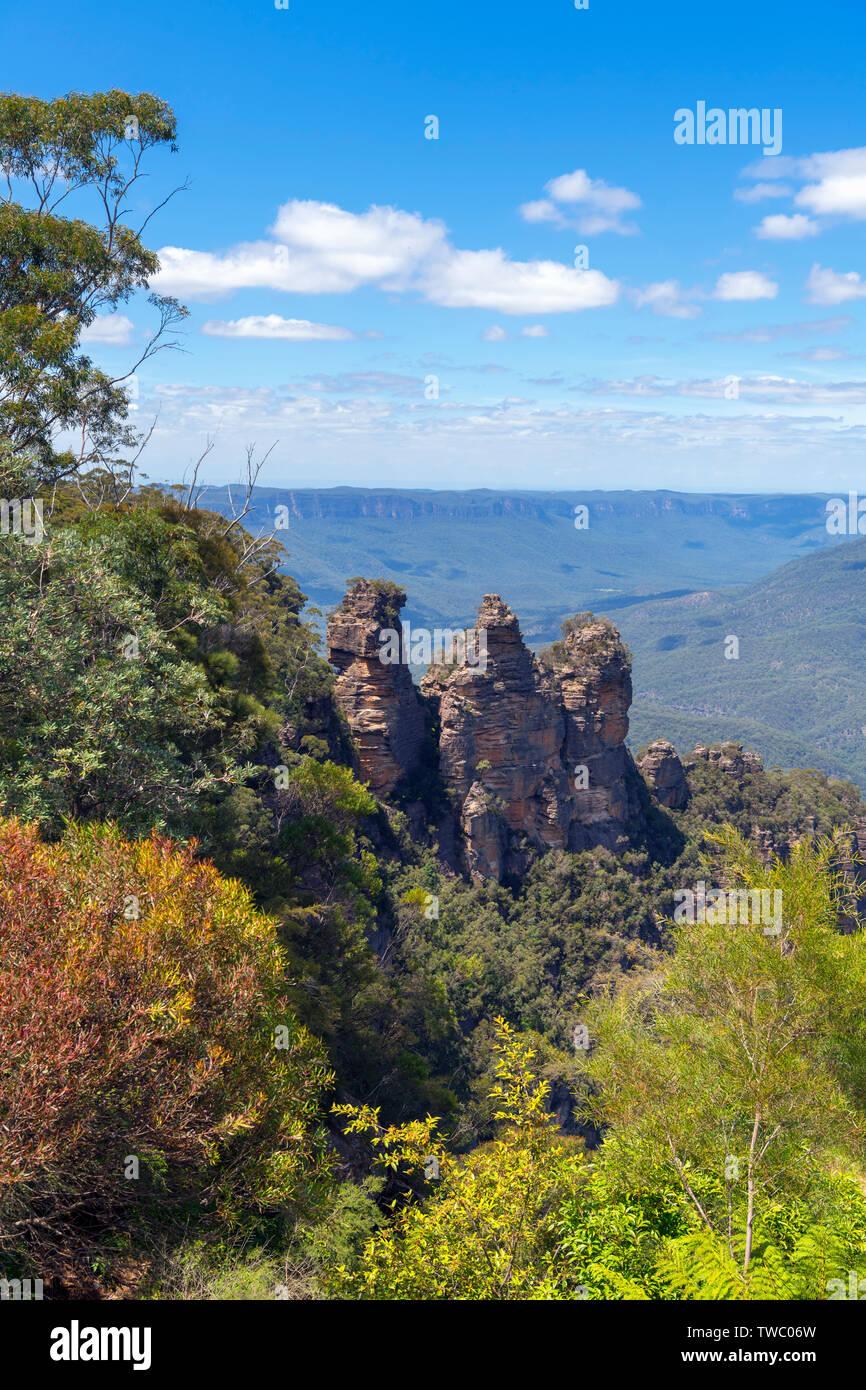 Le tre sorelle dal belvedere a Echo Point, Blue Mountains, Katoomba, Nuovo Galles del Sud, Australia Immagini Stock