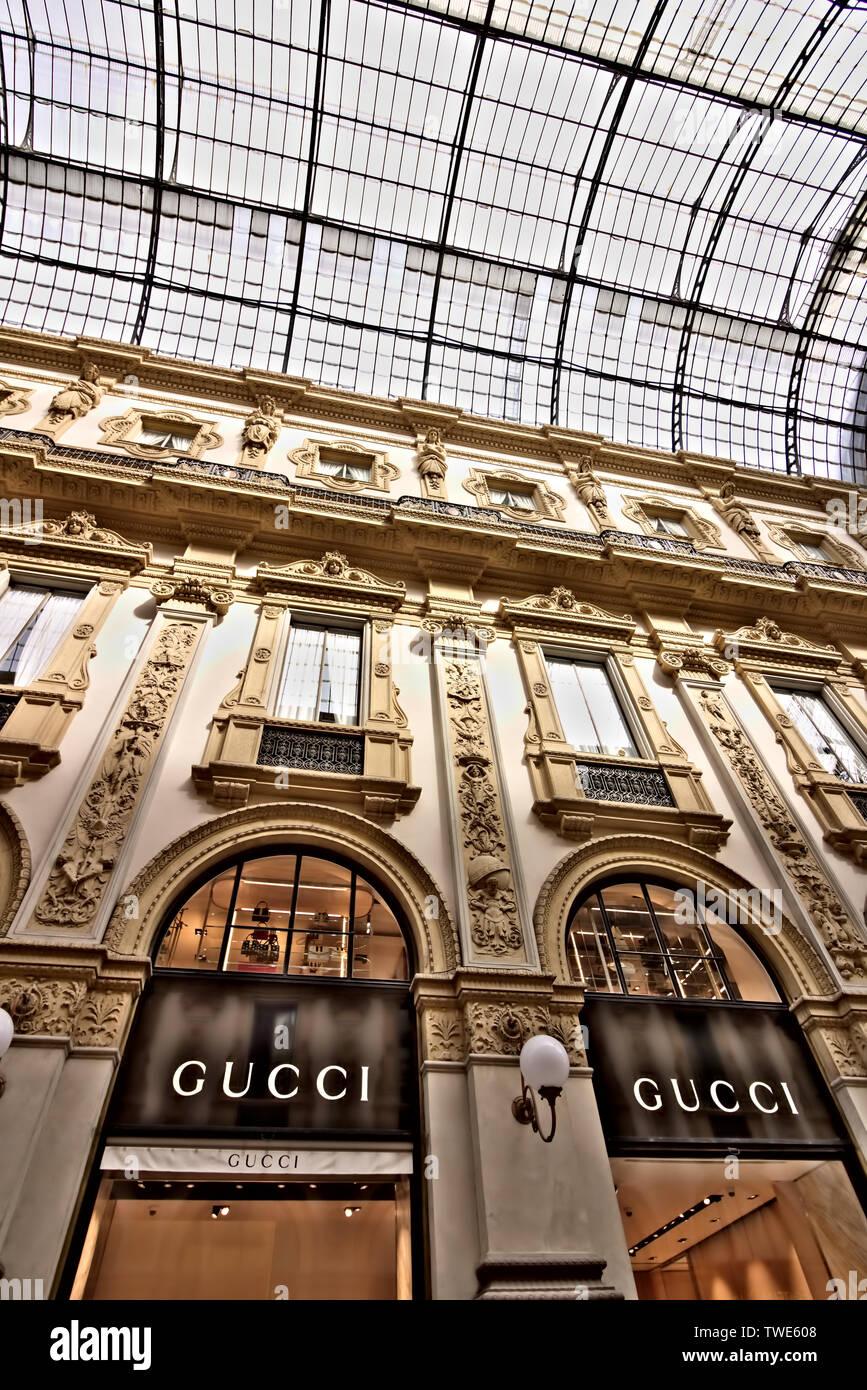 Gucci Store Milan Italy Immagini Gucci Store Milan Italy Fotos