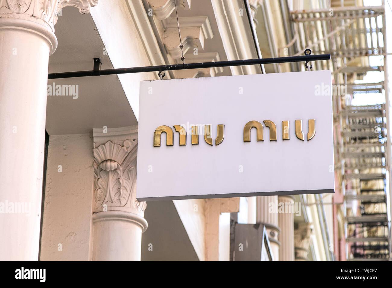 Miu Miu Retail Store Immagini & Miu Miu Retail Store Fotos