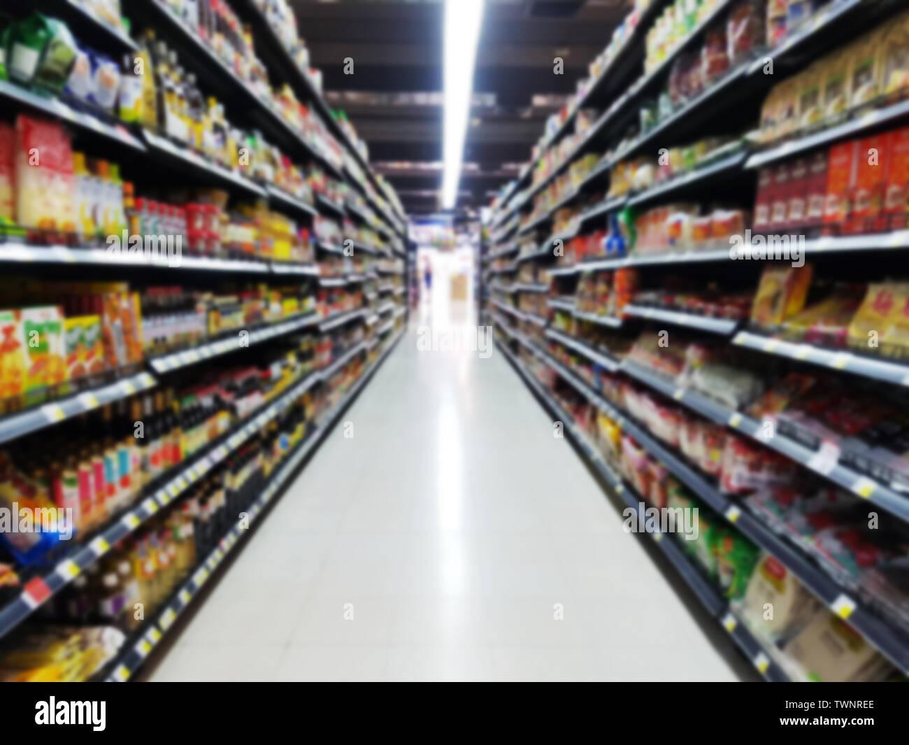 Sistemazione Merce Sugli Scaffali.Shelves Retail Design Immagini Shelves Retail Design Fotos Stock