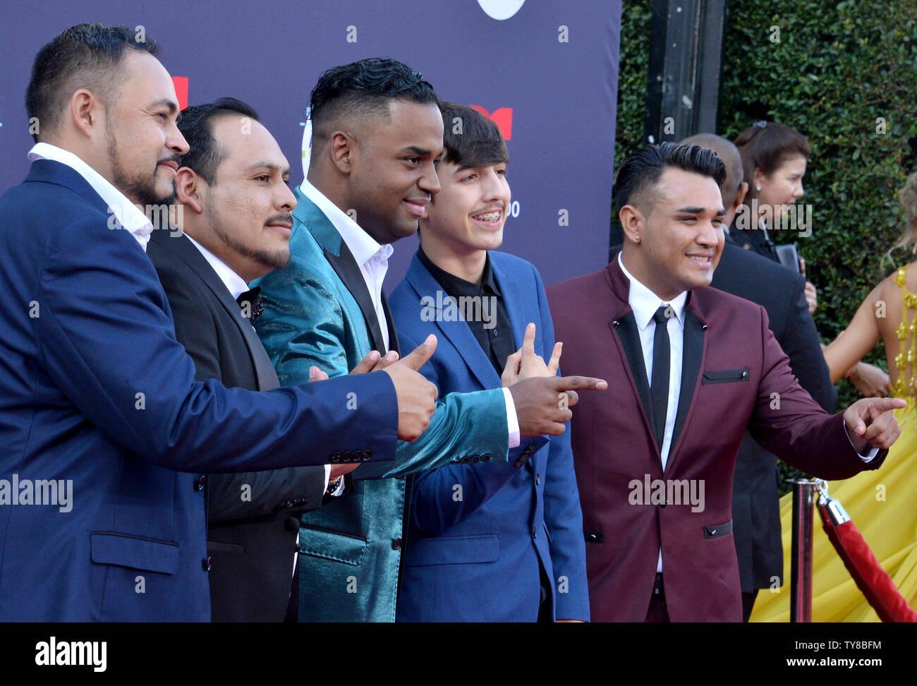 T3r Elemento arriva per il quarto anno Latin American Music Awards presso il Teatro Dolby nella sezione di Hollywood di Los Angeles il 25 ottobre 2018. L'evento annuale che premia risultati eccellenti per gli artisti di musica latina industria. Foto di Jim Ruymen/UPI Immagini Stock