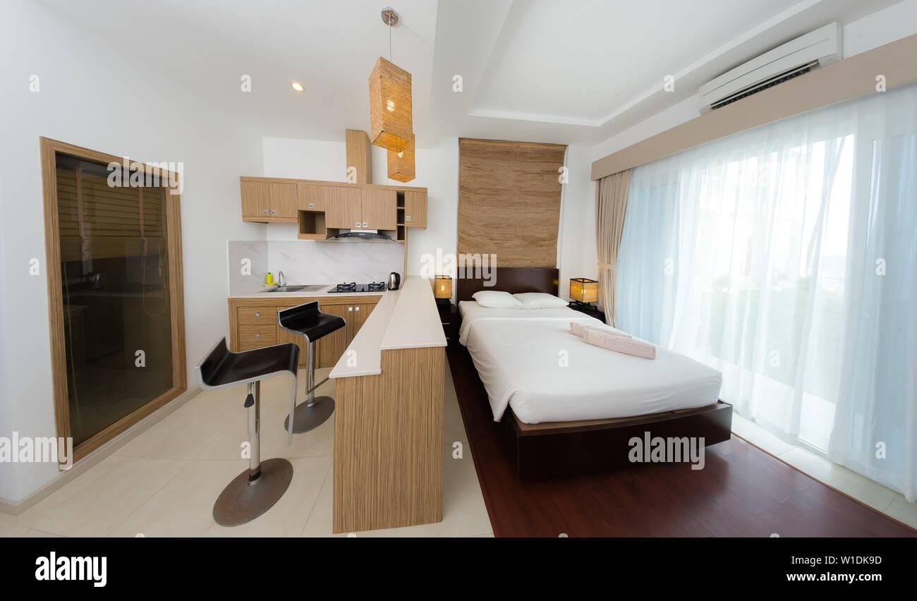 Confortevole appartamento studio design. Hotel room interno ...