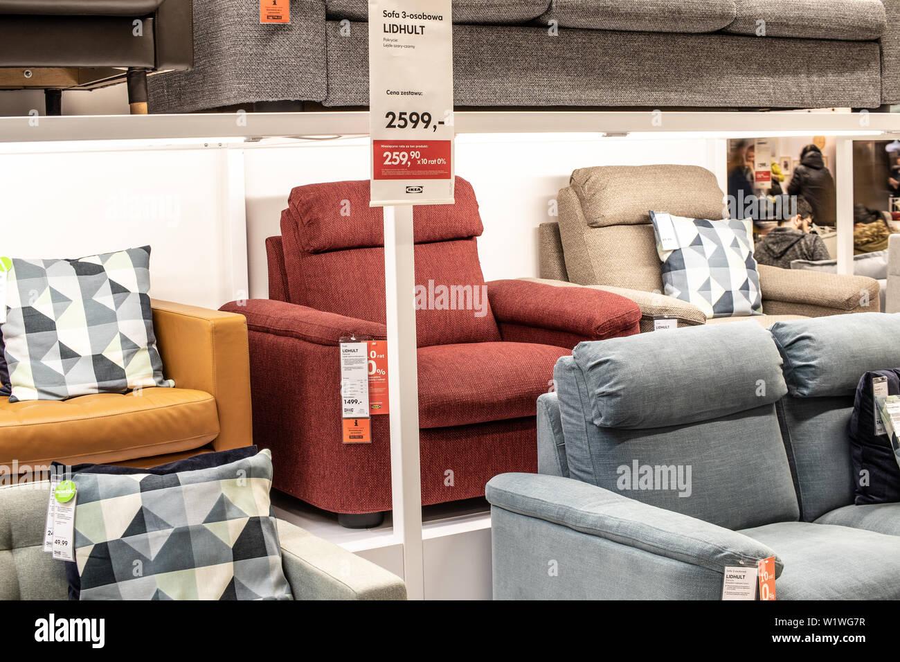 Divano Velluto Blu Ikea divani in tessuto immagini & divani in tessuto fotos stock
