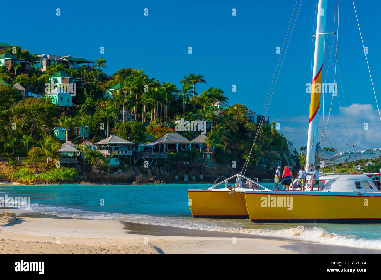Antigua, Jolly Bay Beach, catamarano Immagini Stock