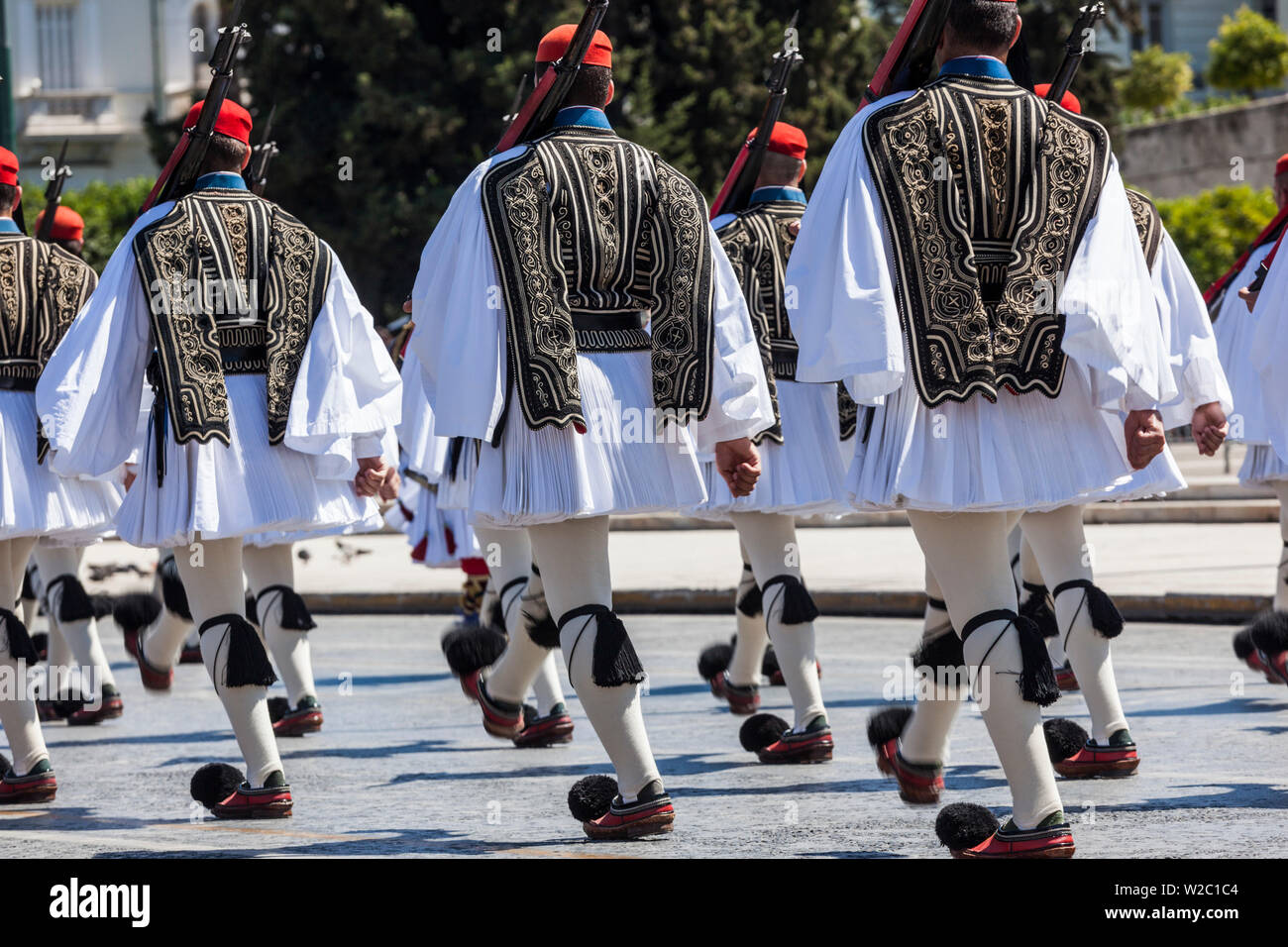 La Grecia, Atene, Piazza Syntagma, protezioni Evzoni Immagini Stock