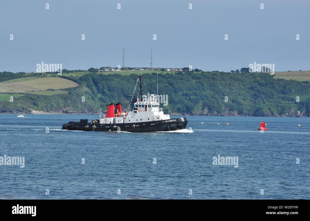 Unità gemelle Trattore rimorchiatore, SD attenta, Plymouth Sound, Devon, Inghilterra, Regno Unito Immagini Stock