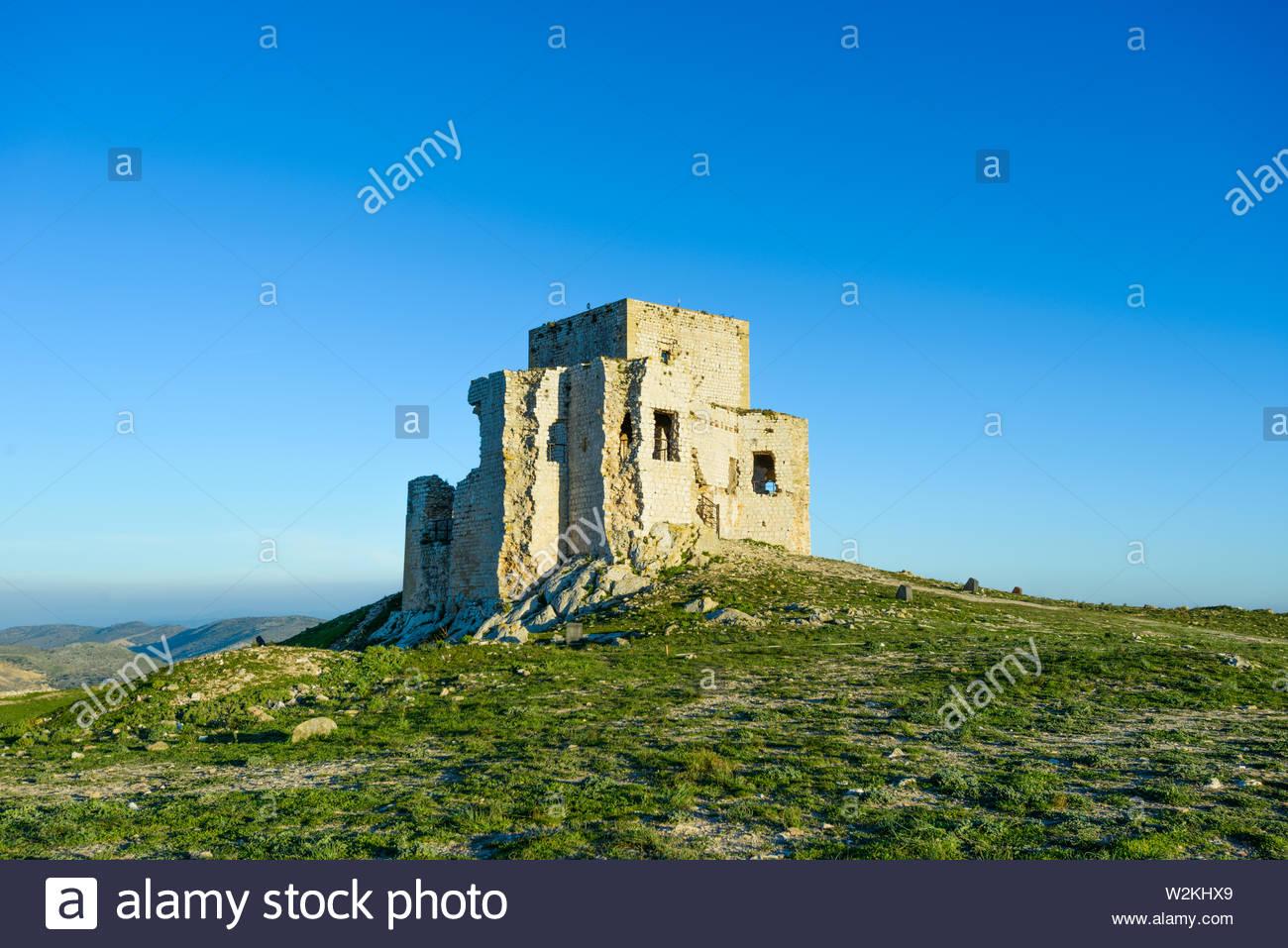 Le rovine di un castello di Teba Immagini Stock