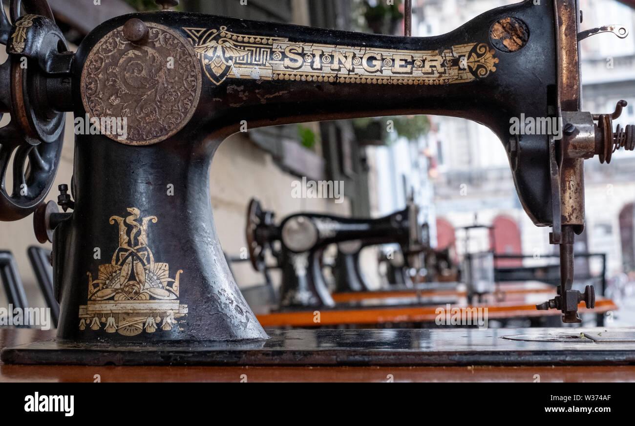 Macchine da cucire peso piuma datazione