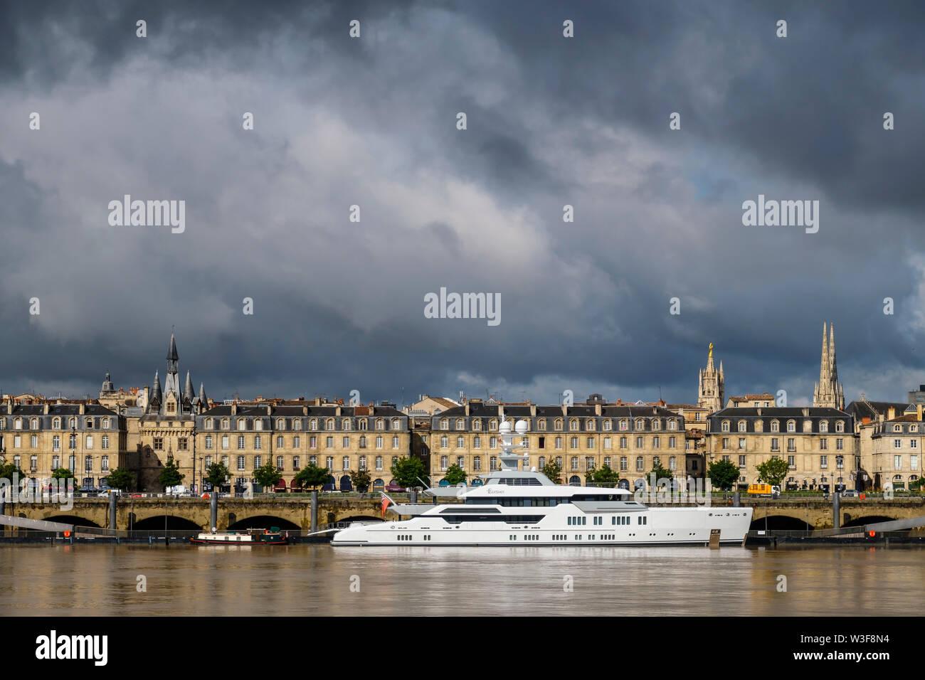 Garonna e dal centro storico di Bordeaux, Gironde. Regione Aquitania. Francia Europa Foto Stock