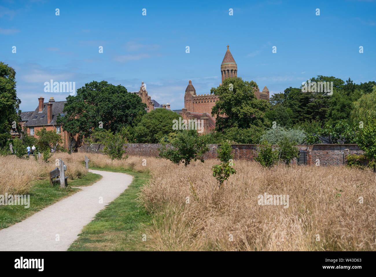 Quarr Abbey, un monastero benedettino vicino a Ryde, Isle of Wight, England, Regno Unito Foto Stock