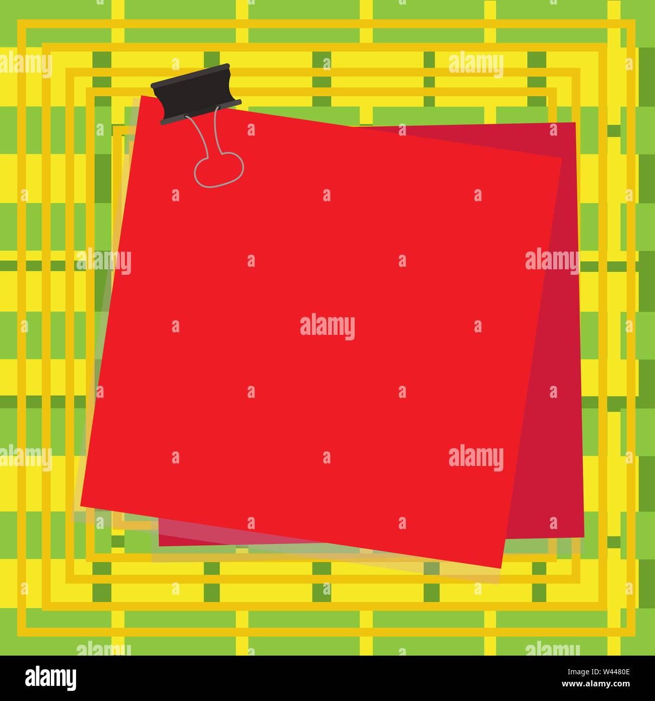 Carta bloccata binder clip sfondo colorato memo promemoria di forniture per ufficio concetto Business vuota copia modello spazio isolato poster promotiona coupon Immagini Stock