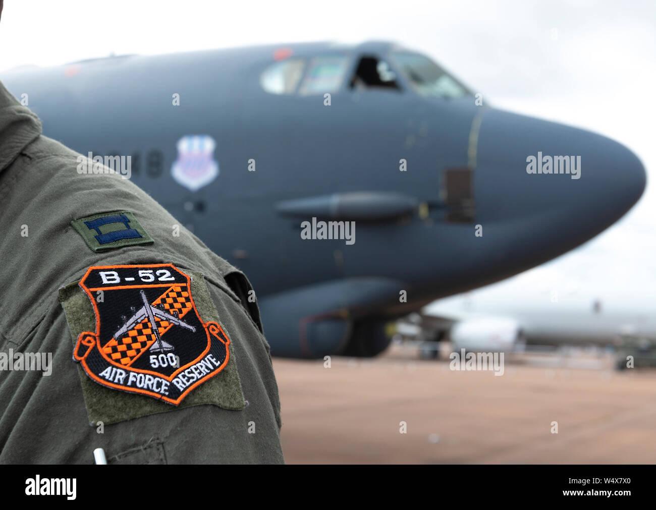 Boeing B-52 Stratofortress arrivare a RAIT 2019, dalla sua base dell'aeronautica di Barksdale Louisiana, USA, per esposizioni e per prendere la residenza temporanea. Foto Stock