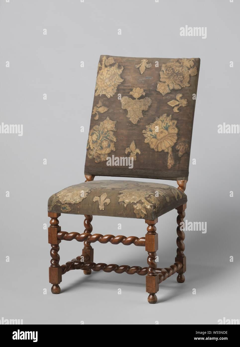 Sedie A Forma Di Sedere Costo mobili, sedia in noce ricoperto di velluto nero e gli arazzi