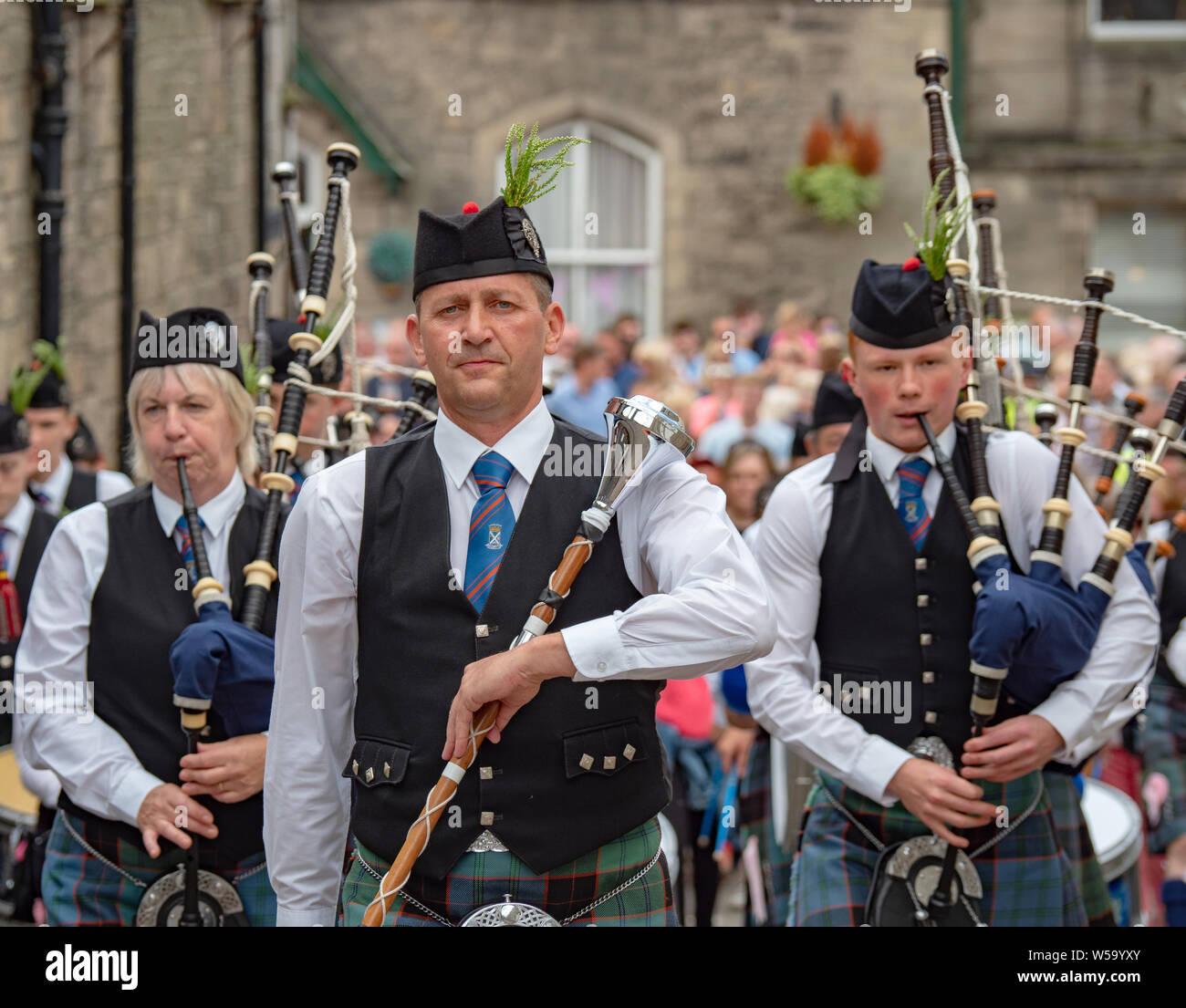 Langholm, Dumfries and Galloway, Scotland, Regno Unito. Il 26 luglio 2019. Il Comune Langholm equitazione, evento annuale che si tiene l'ultimo venerdì di luglio. Foto Stock