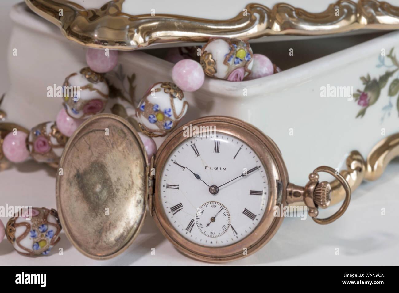 datazione Elgin orologi da polso