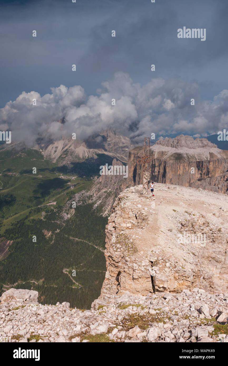 Il Sasso Pordoi La Terrazza Delle Dolomiti In Alto Adige