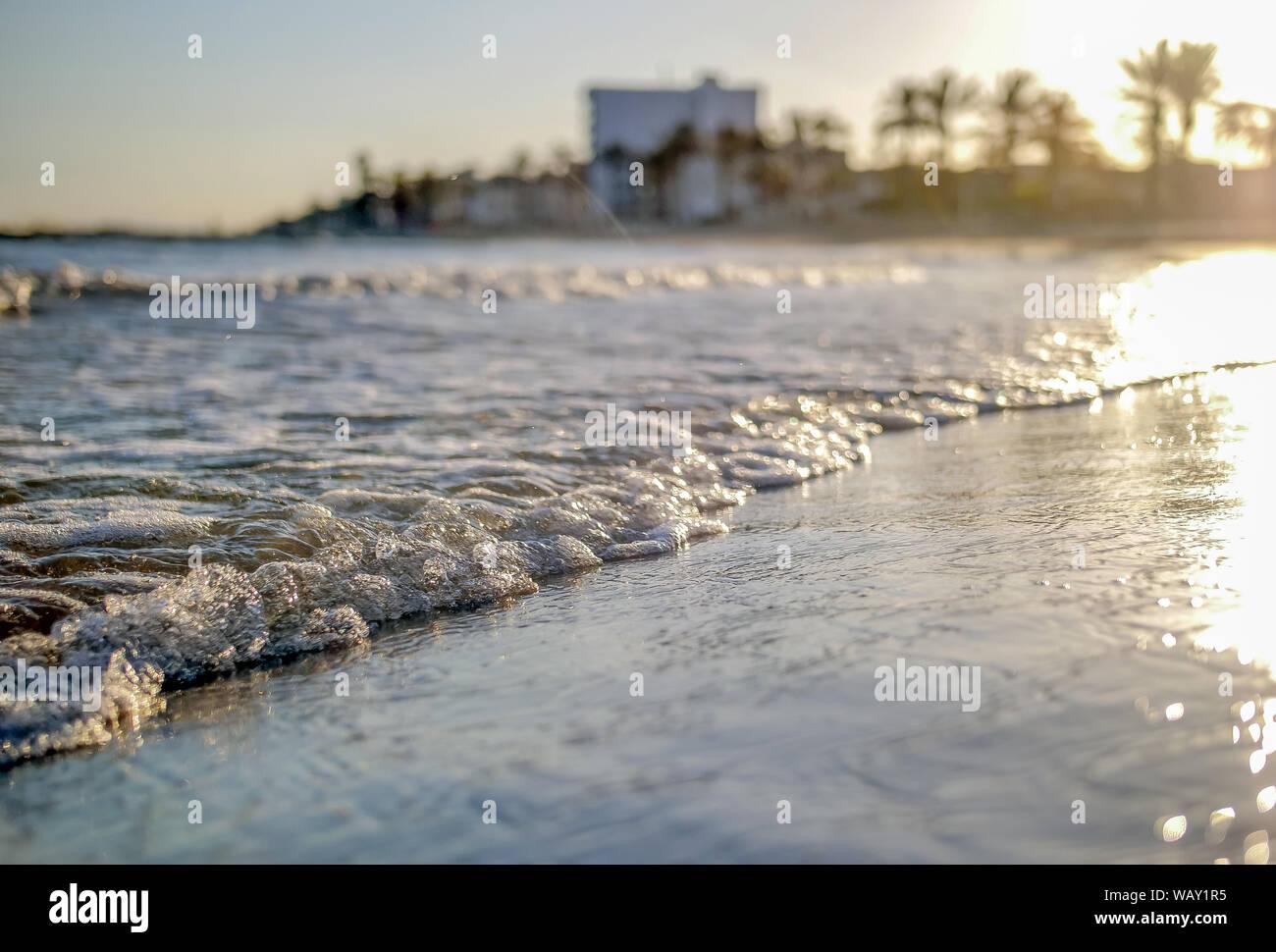 Huntington spiaggia hook up