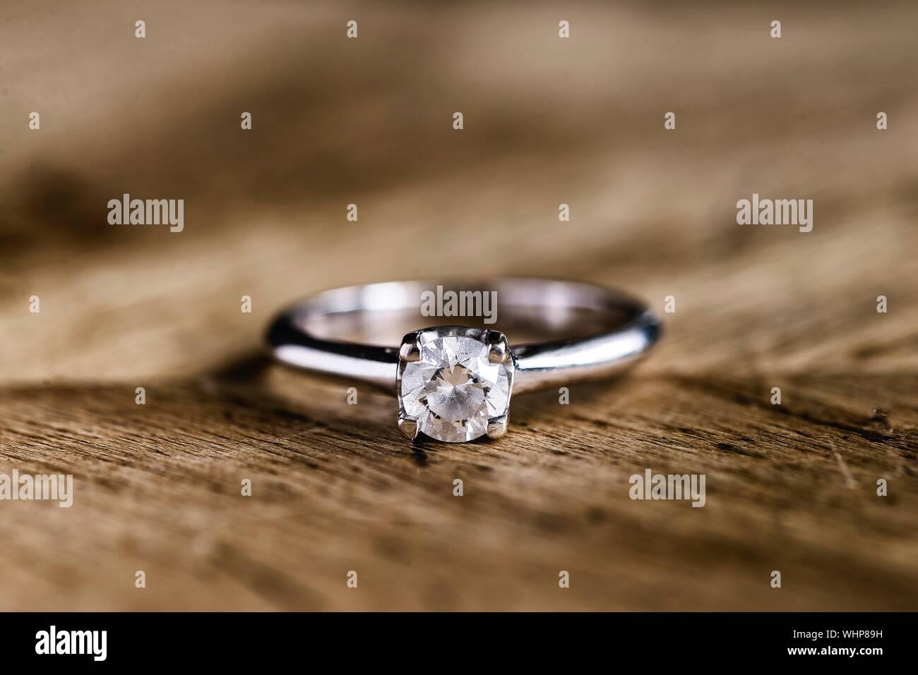 Close-up di anello in argento Foto Stock