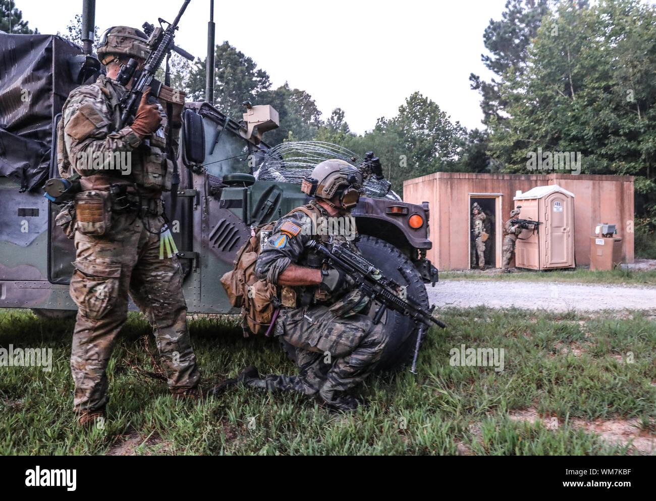 Green Berets Training Immagini & Green Berets Training Fotos