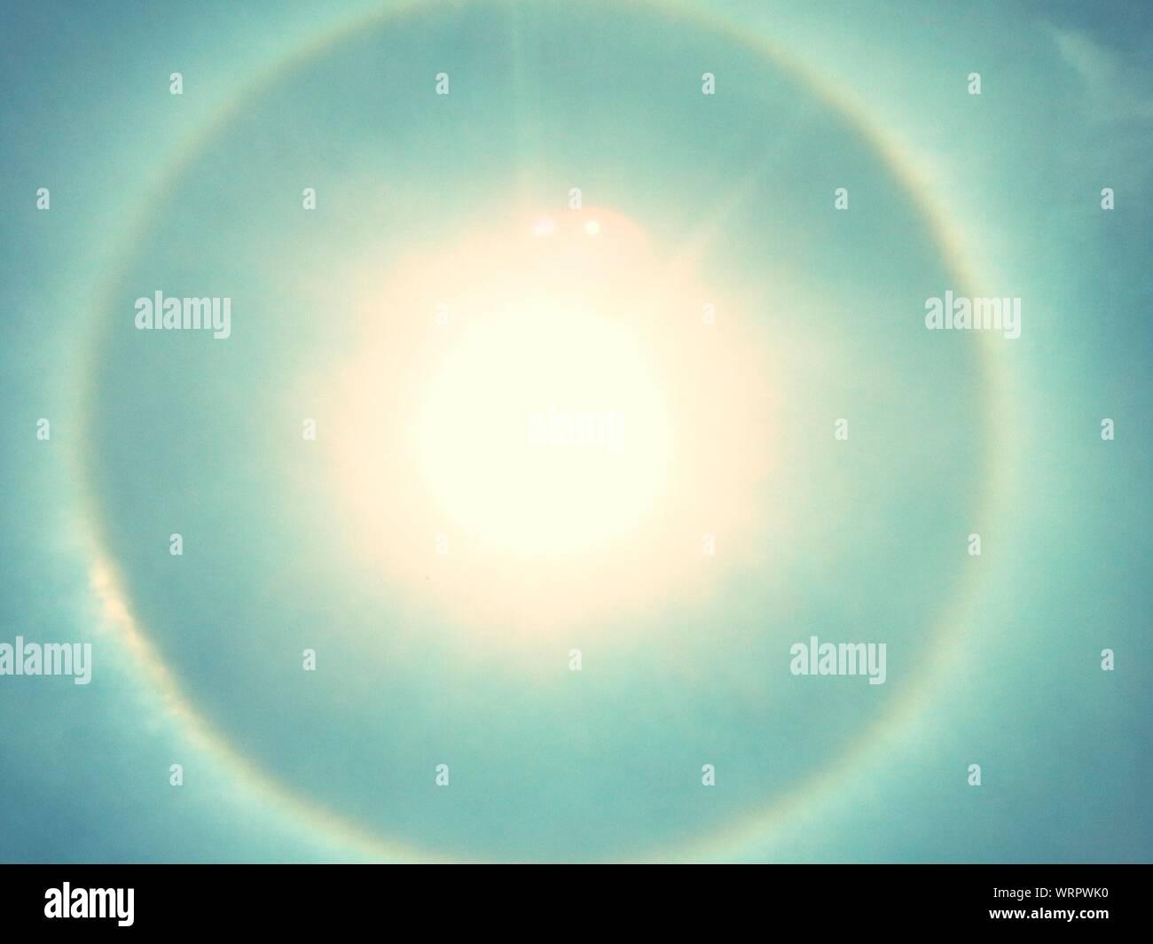 Visione idilliaca di Sundog Foto Stock