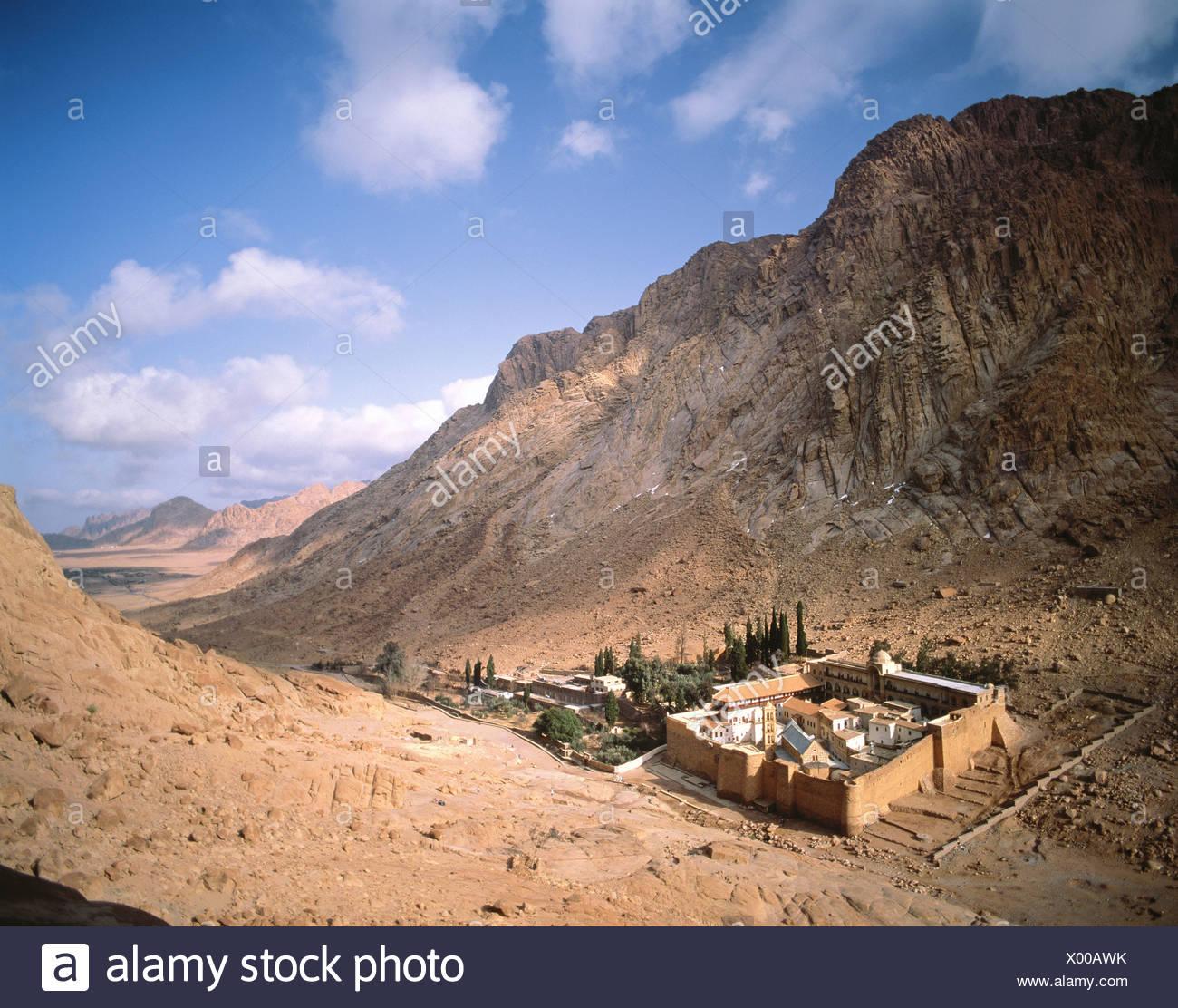 Egitto nord africa monte sinai monastero di santa caterina for Ombra in inglese
