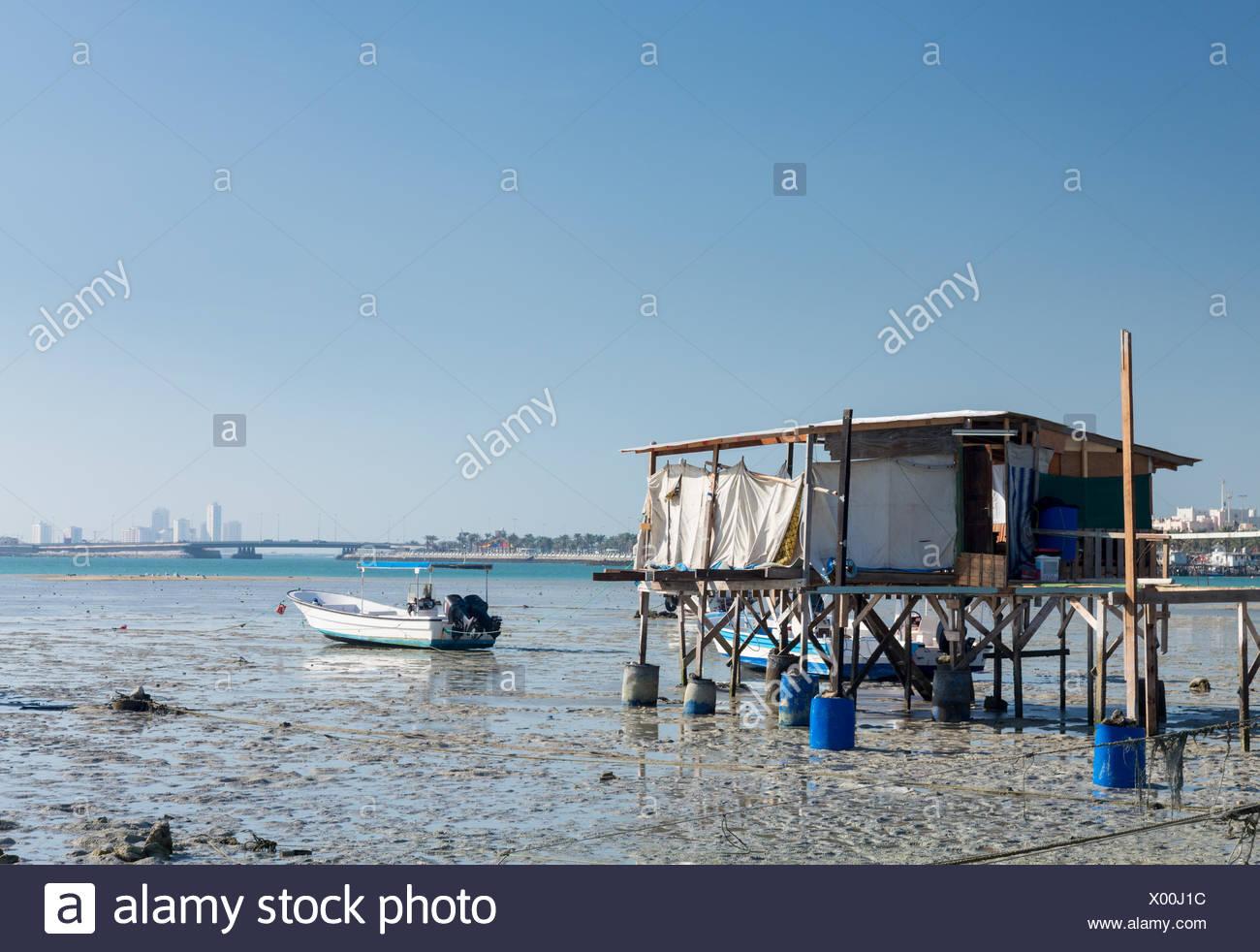Il Fishermans Shack sul lungomare in Bahrain Immagini Stock