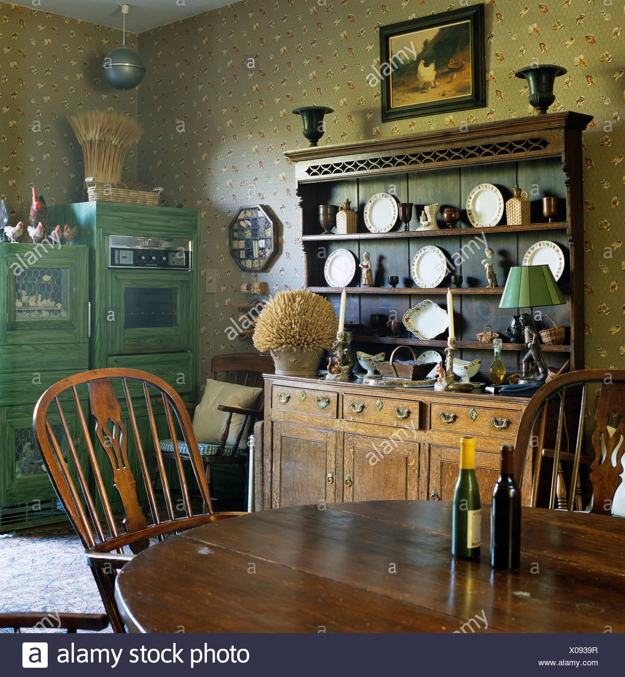 Antico tavolo in mogano e stick torna Windsor sedie in cucina di ...