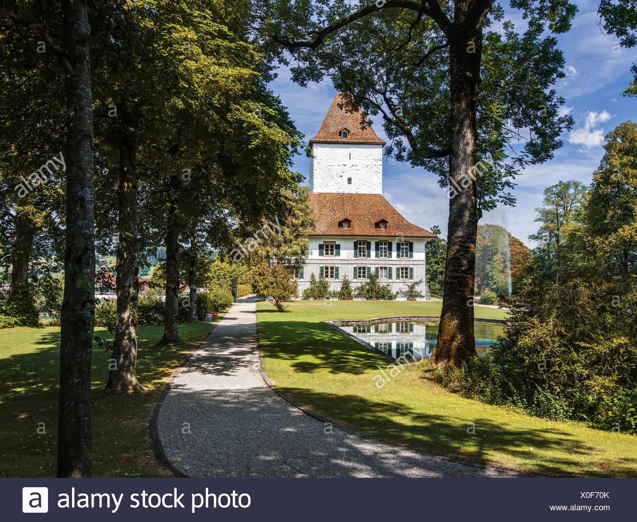 Nobiltà, avenue, Emmental, Canton Berna Berna, paese gentry, park, il castello, il parco del castello, Schlosswil, piccolo castello, Svizzera Immagini Stock