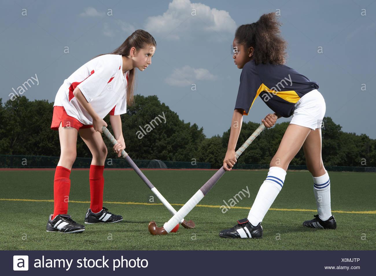 Rivale giocatori di hockey Immagini Stock