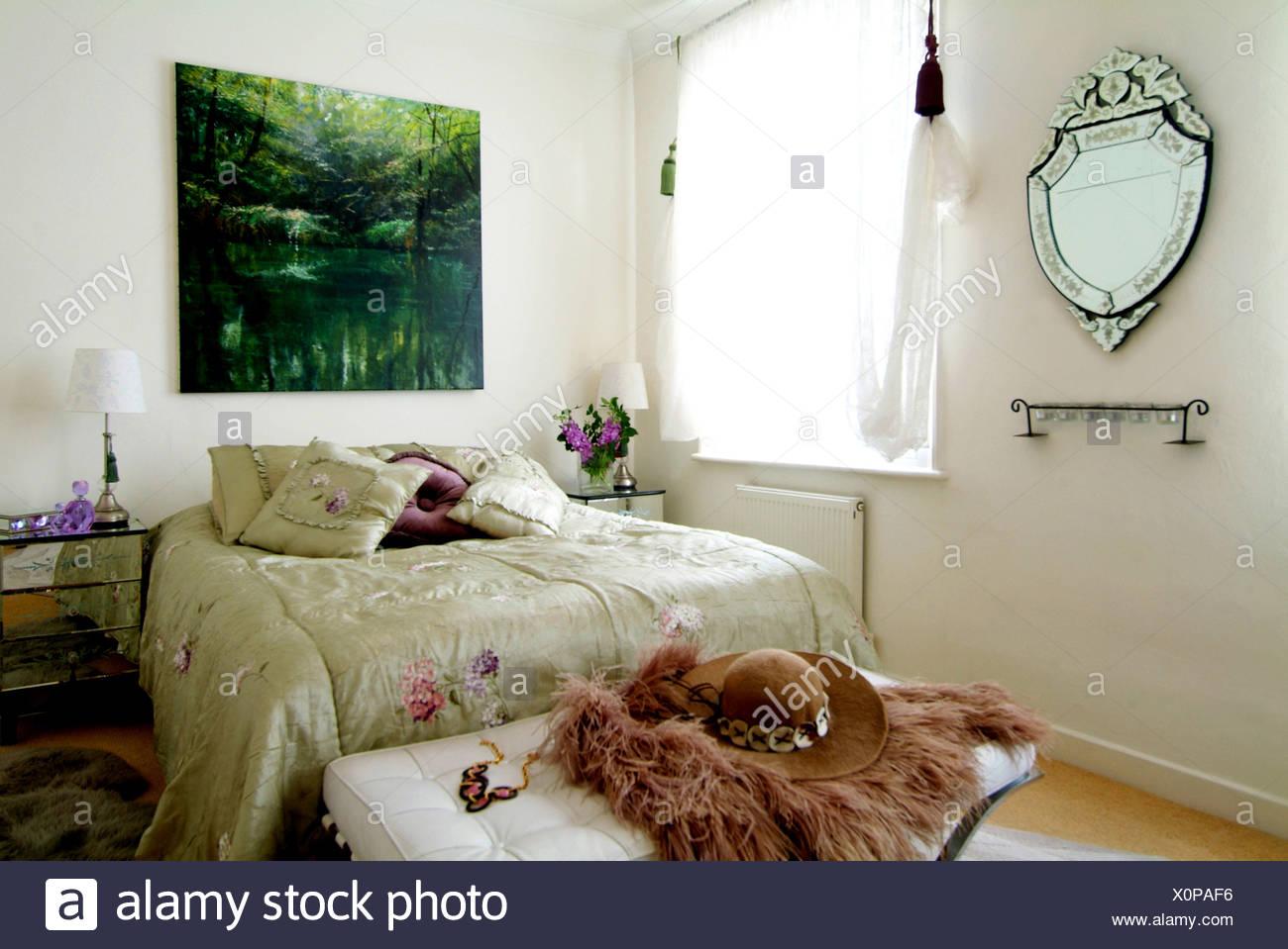 Chelsea Appartamento Camera da letto interiwith una scena naturale ...