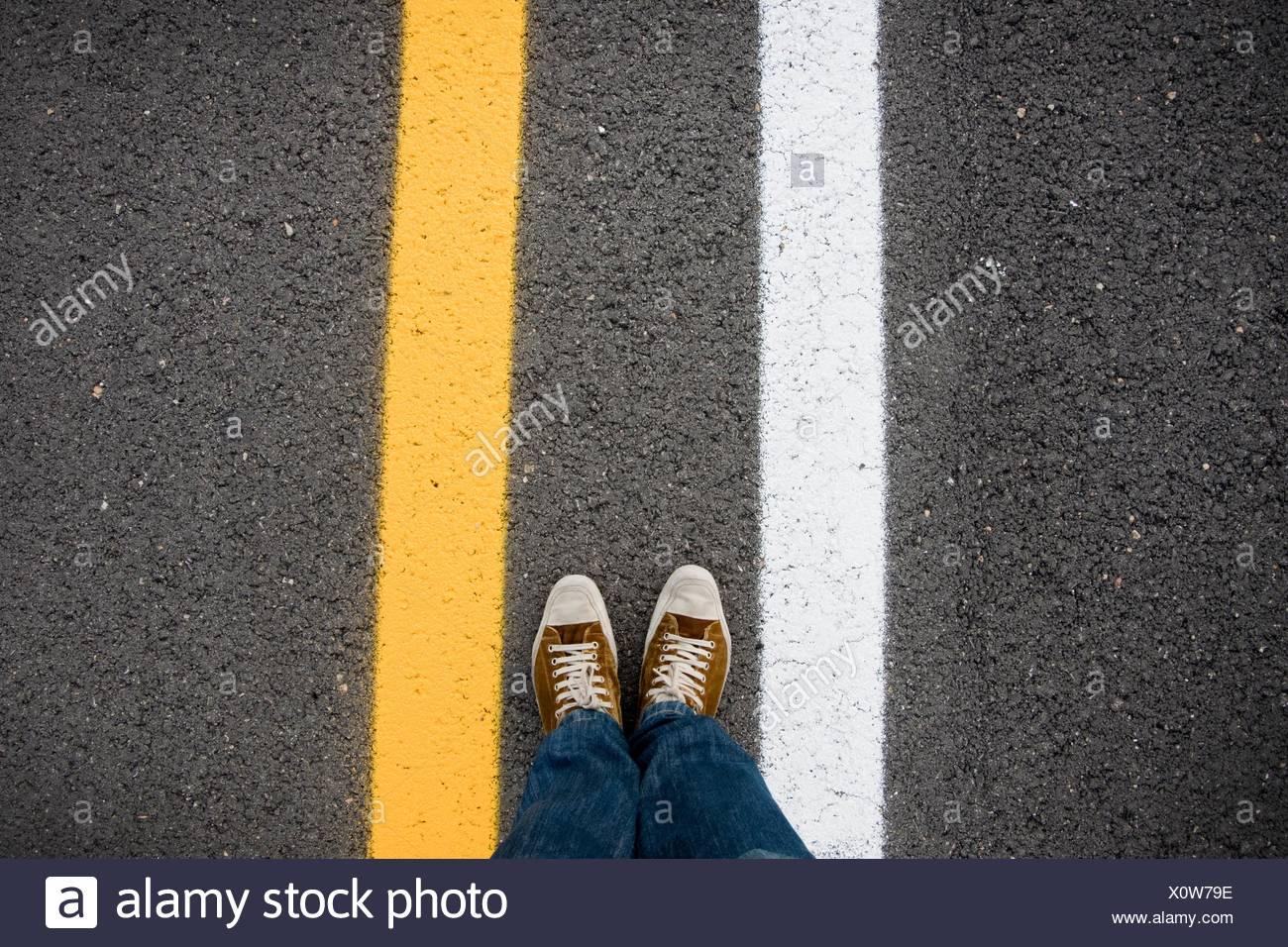 Asfalto. segnale stradale, torte. positivo, asfalto. Il segnale di strada. Immagini Stock