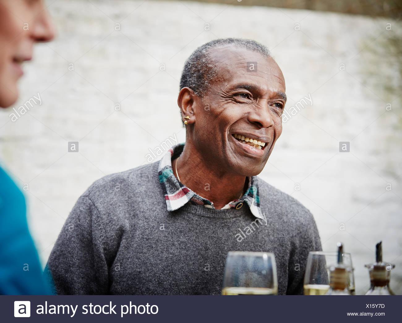 Senior uomo sorridente, ritratto Immagini Stock