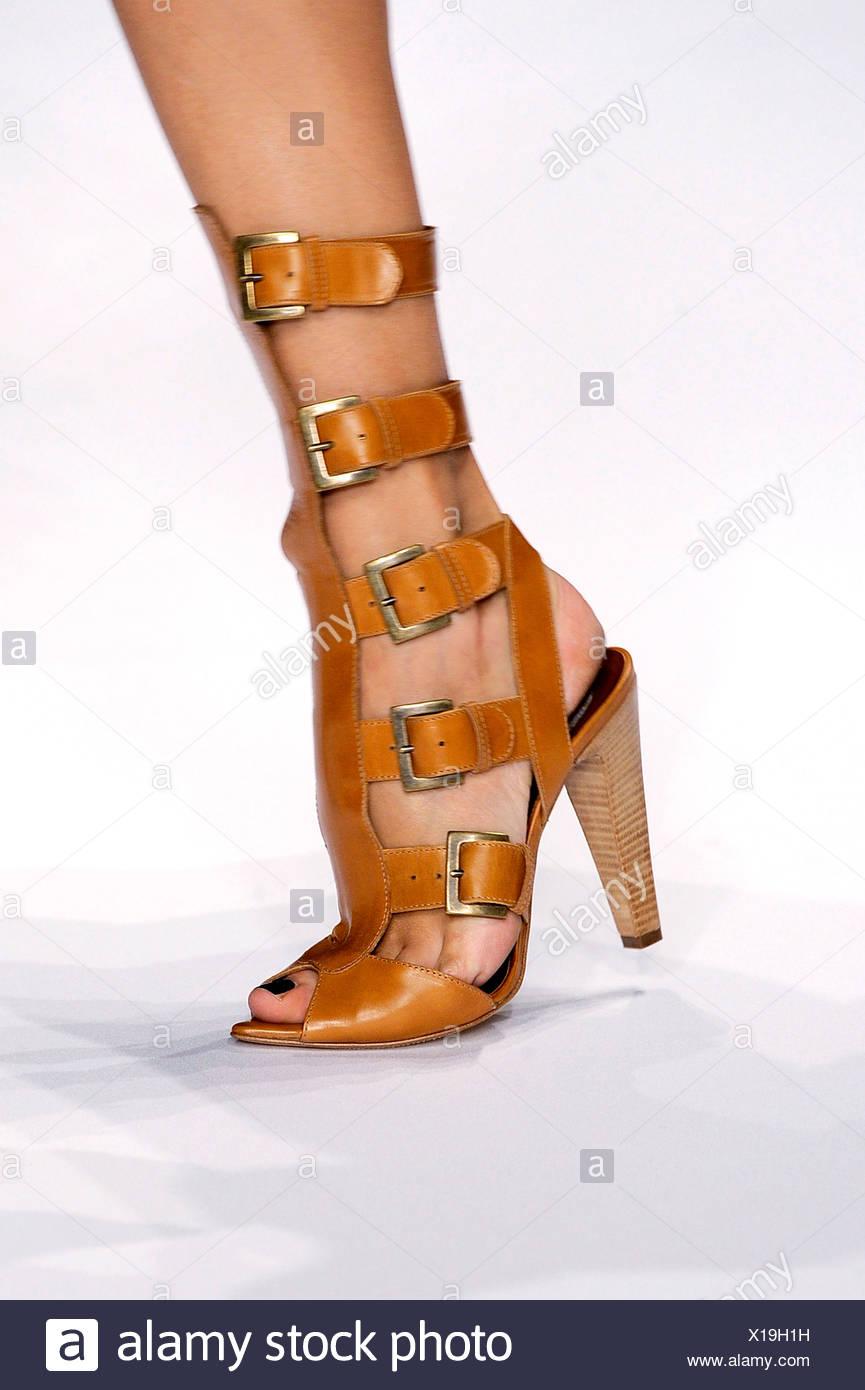 di prim'ordine nuova versione vende Color cammello multi gladiatsandals cinturino con tacchi di stack ...
