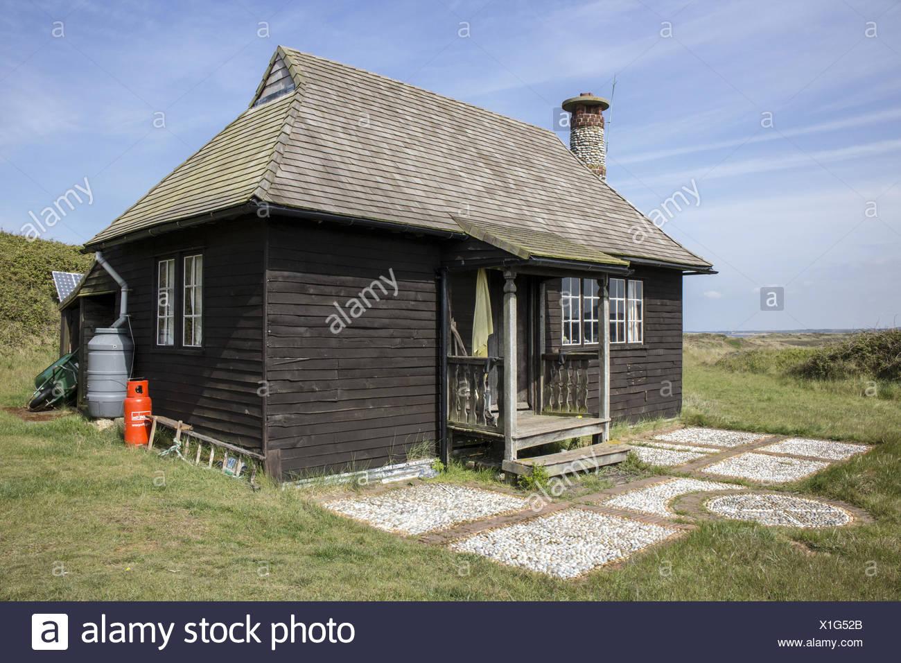 Operai cottage sulla testa scolt isola riserva naturale il tetto è