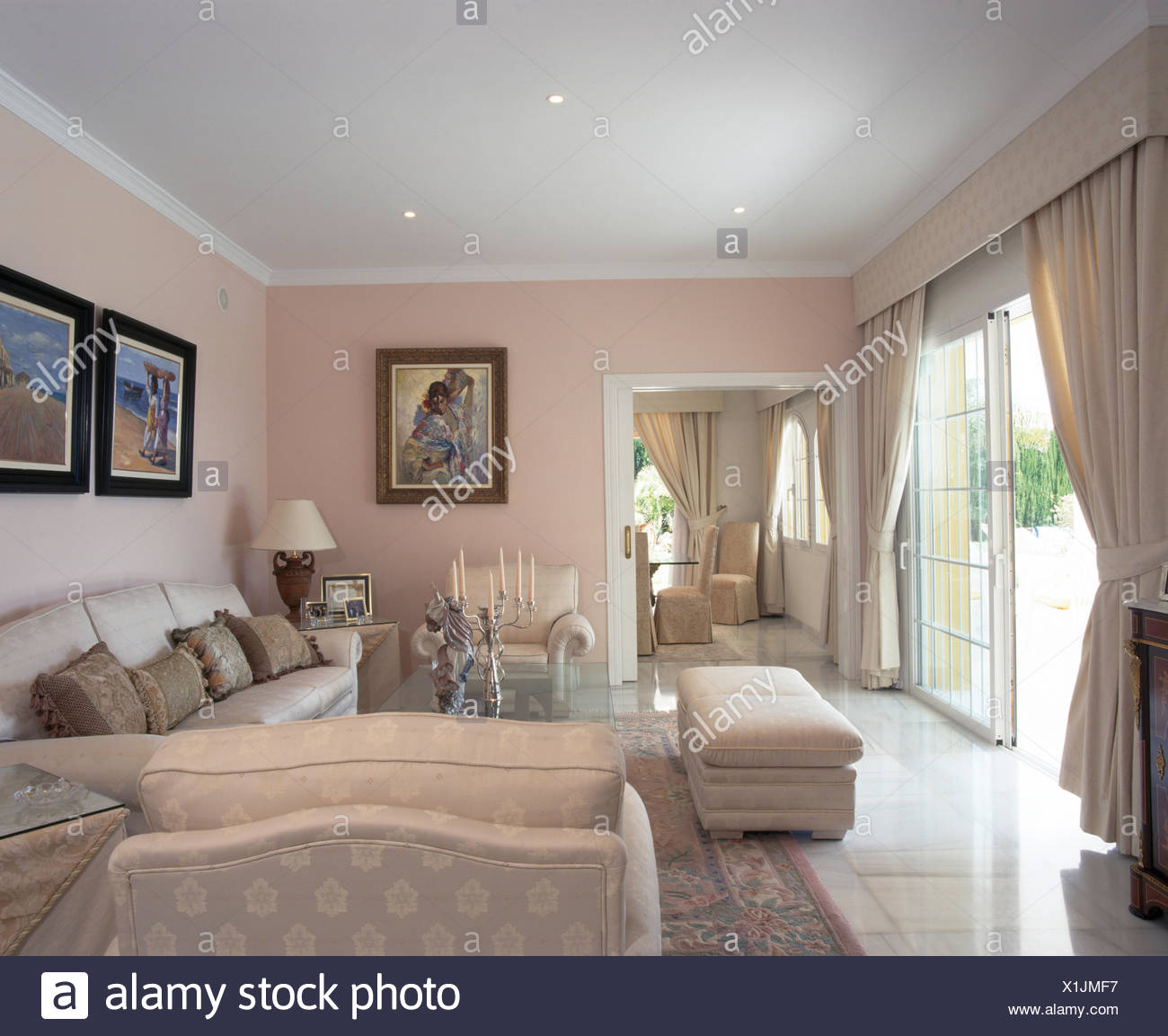 Crema ottomana imbottiti e divani in spagnolo villa ...